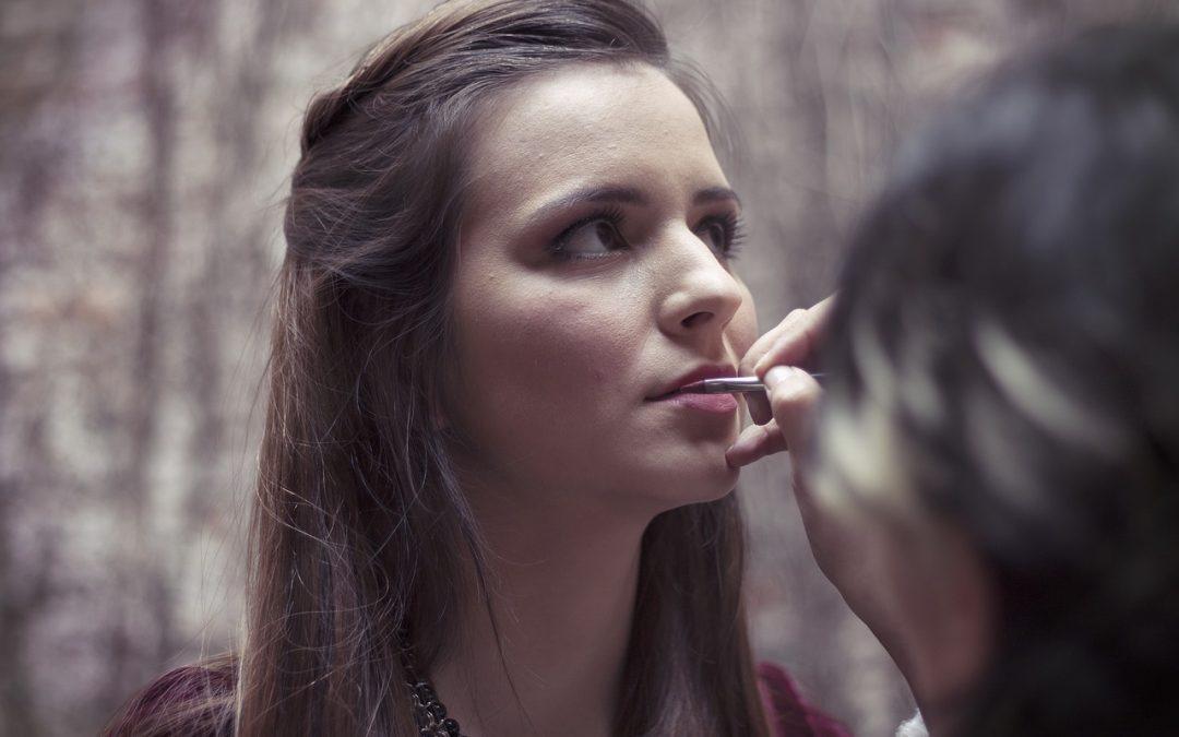 Seis trucos de maquilladores profesionales para salir bien en las fotos