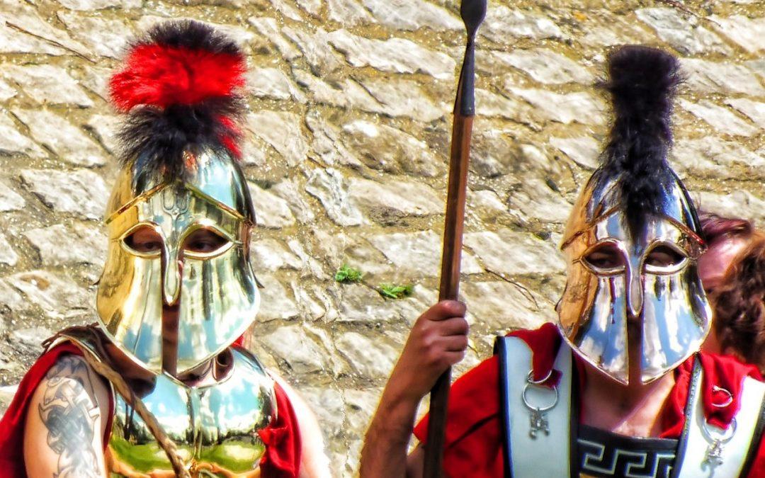 Prepara tu vestimenta y complementos para una fiesta romana