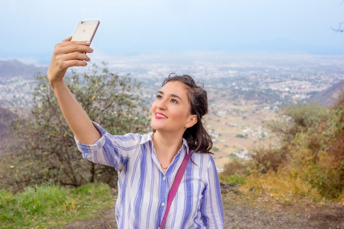 5 consejos para salir siempre bien en los selfies